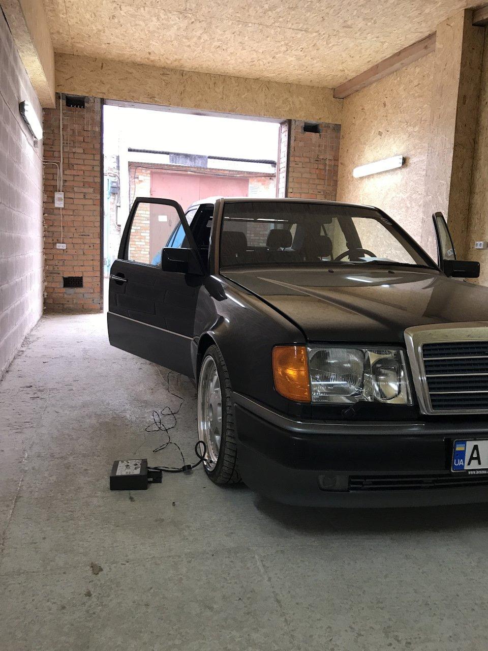 Mercedes E-class 500Е W124 (23)