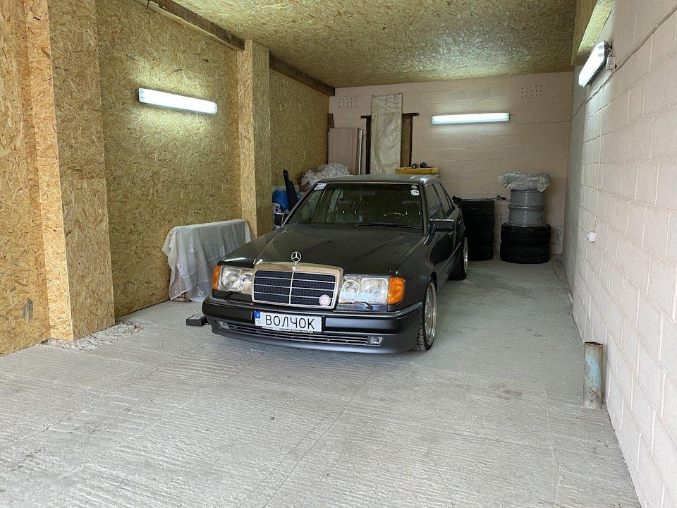 Mercedes E-class 500Е W124 (54)