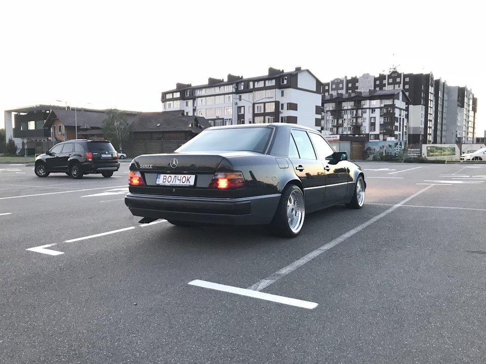 Mercedes E-class 500Е W124 (9)