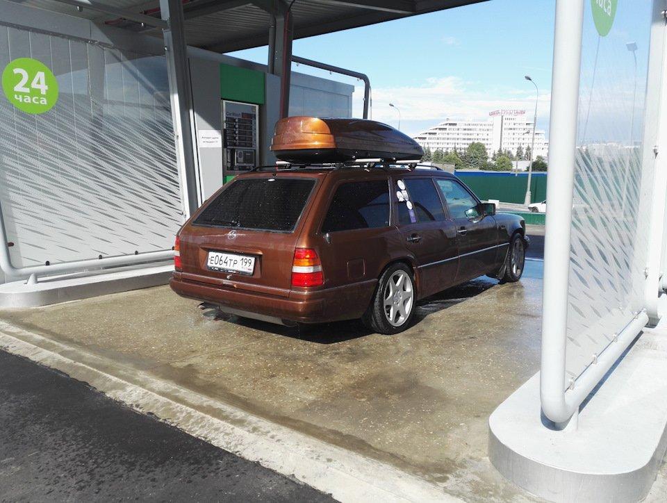 Mercedes E-class E280 S124 Candy Brown (10)