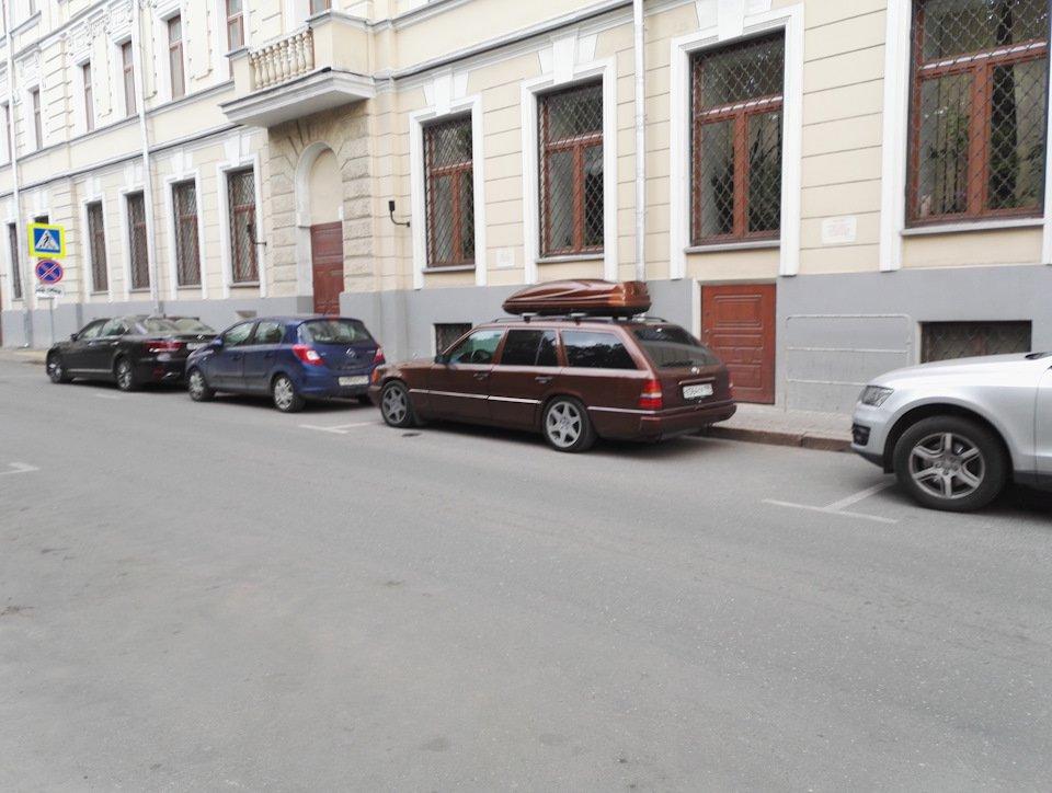 Mercedes E-class E280 S124 Candy Brown (12)