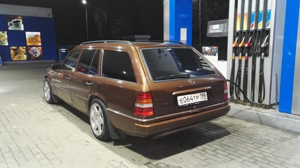 Mercedes E-class E280 S124 Candy Brown (31)