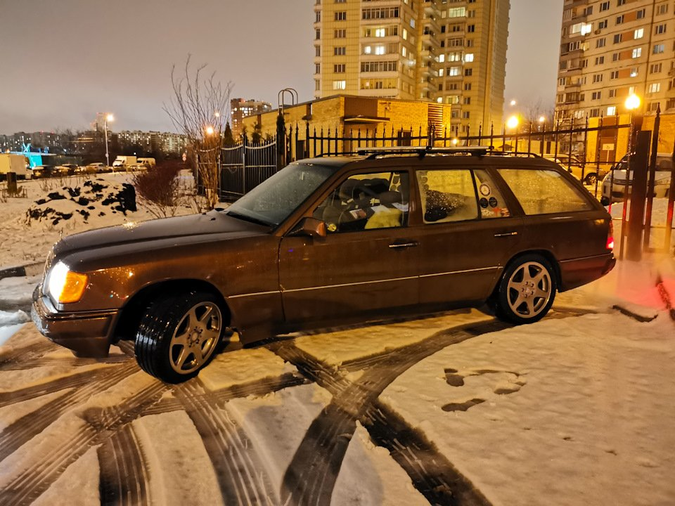 Mercedes E-class E280 S124 Candy Brown (48)