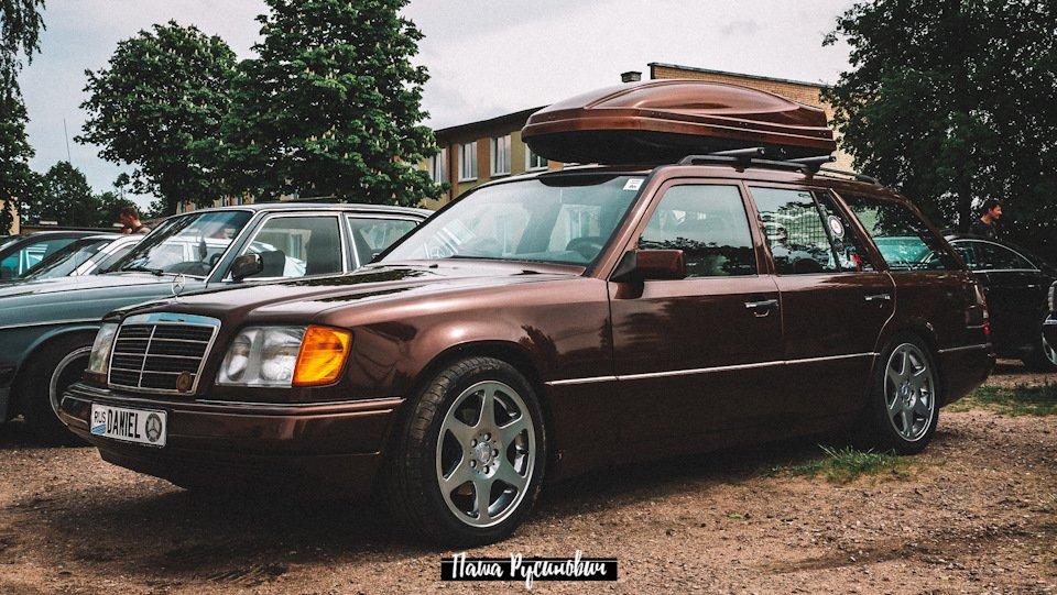 Mercedes E-class E280 S124 Candy Brown (52)
