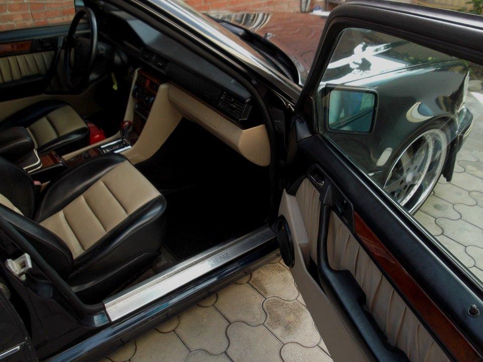 Mercedes E-class E500 W124 Limited (18)