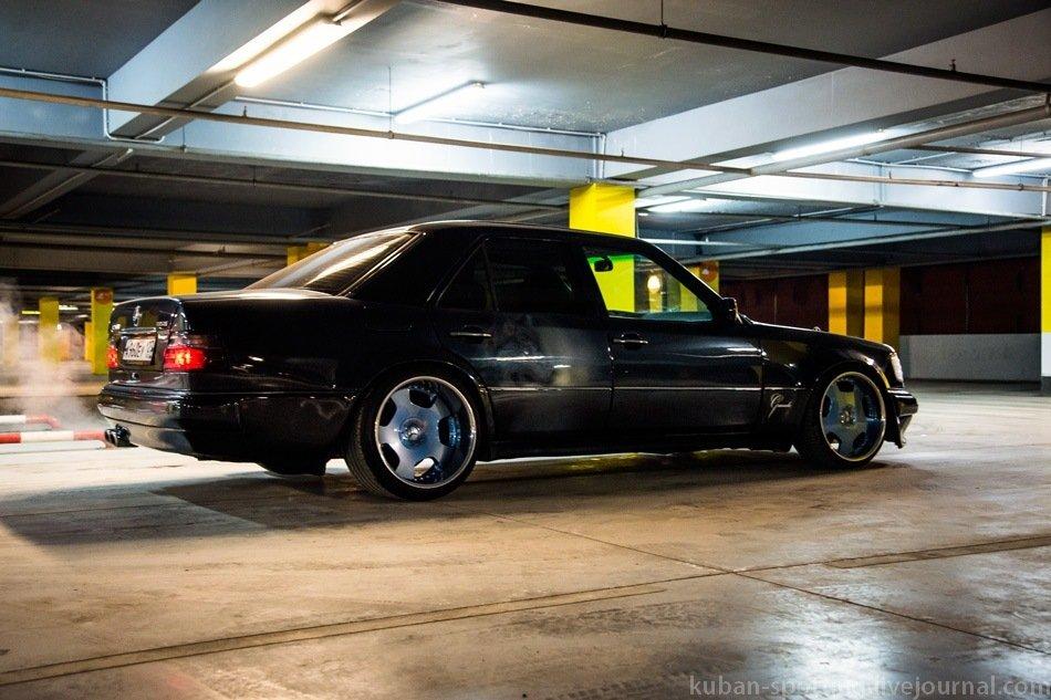 Mercedes E-class E500 W124 Limited (19)