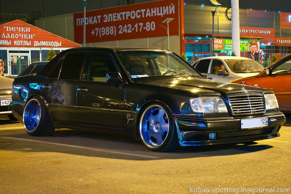 Mercedes E-class E500 W124 Limited (1)