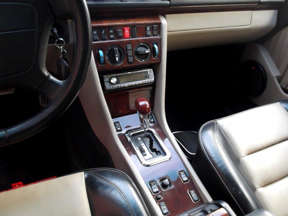 Mercedes E-class E500 W124 Limited (23)