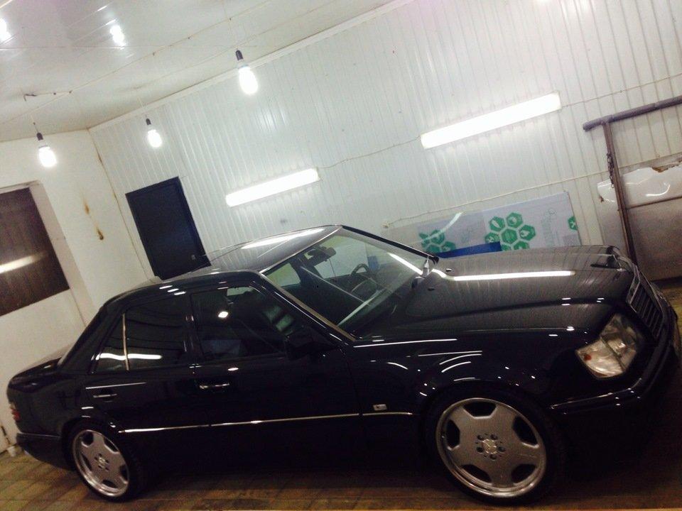 Mercedes E-class W124 E500 (10)