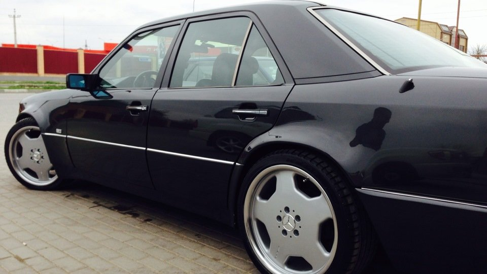Mercedes E-class W124 E500 (14)