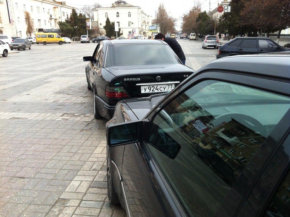 Mercedes E-class W124 E500 Black (17)
