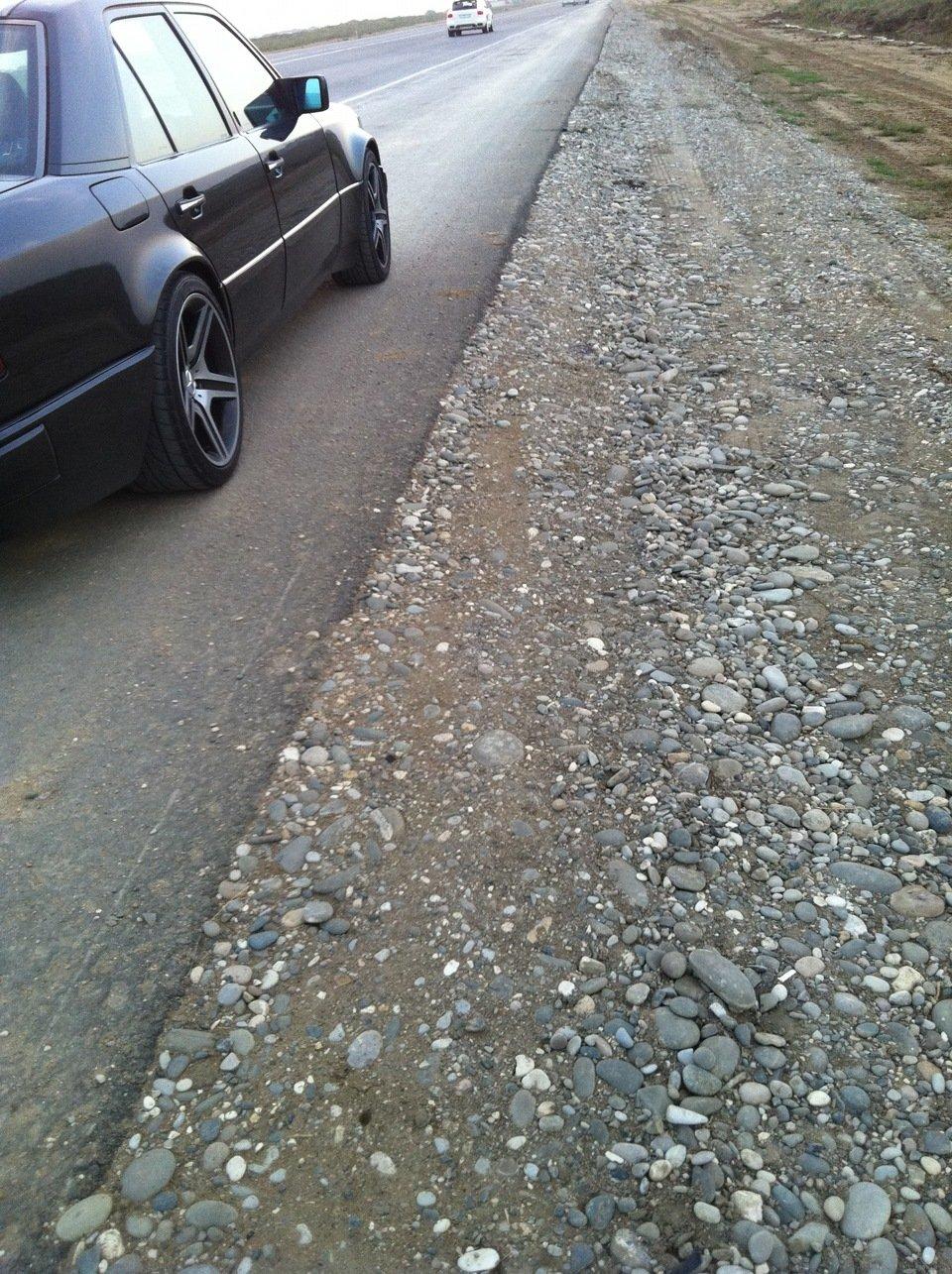 Mercedes E-class W124 E500 Black (3)