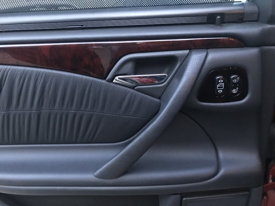 Mercedes E55 AMG SOLAR ORANGE 4WD W210 (3)
