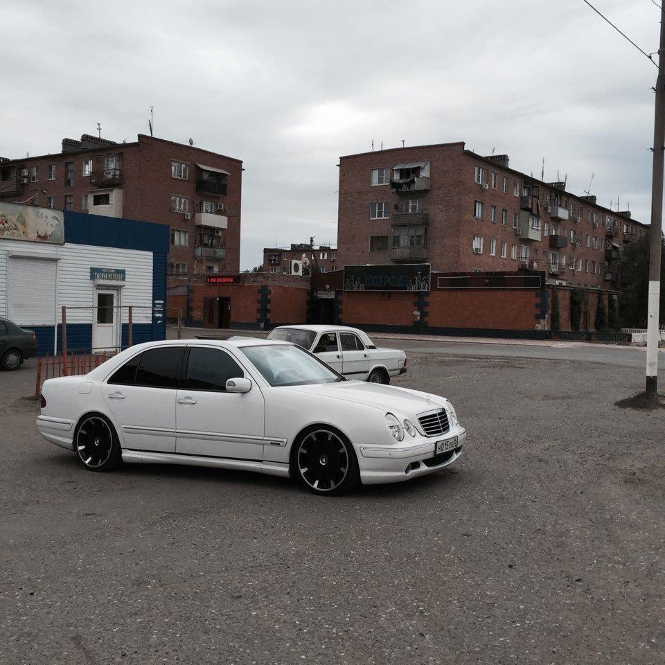 Mercedes E55 AMG W210 (9)