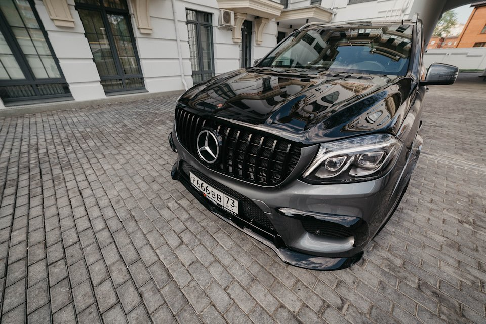 Mercedes GLS X166 RENEGADE (30)