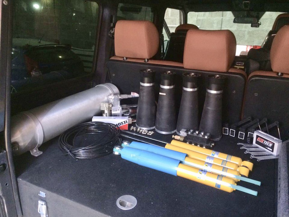 Mercedes G 55 AMG Pneumatic Suspension (37)