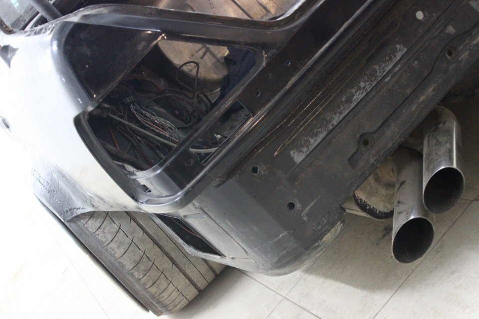 Mercedes S-class W140 BRABUS Project In Progress (111)