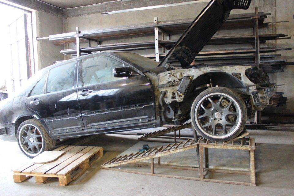 Mercedes S-class W140 BRABUS Project In Progress (115)