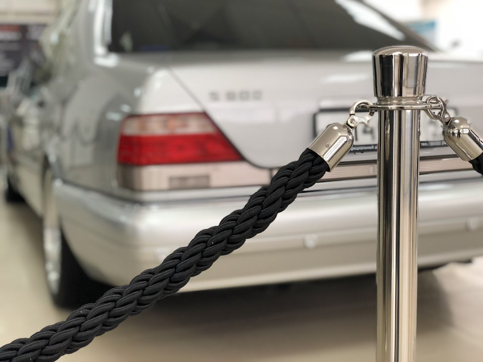 Mercedes S-class W140 S600 V12 (16)