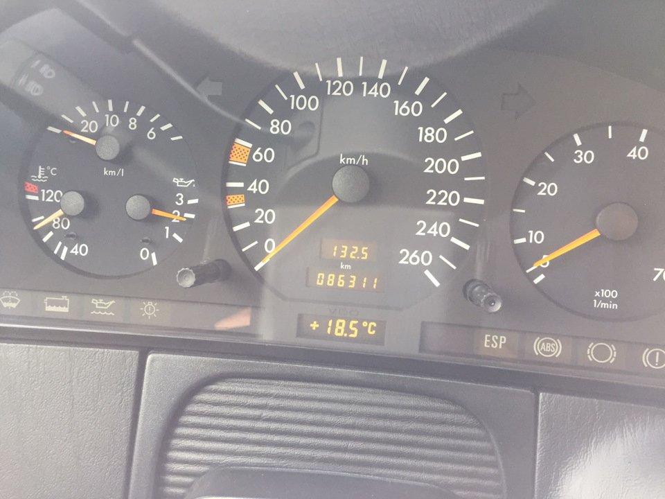 Mercedes S-class W140 S600 V12 (20)