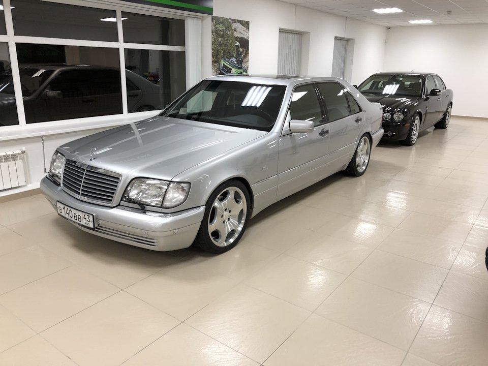 Mercedes S-class W140 S600 V12 (25)