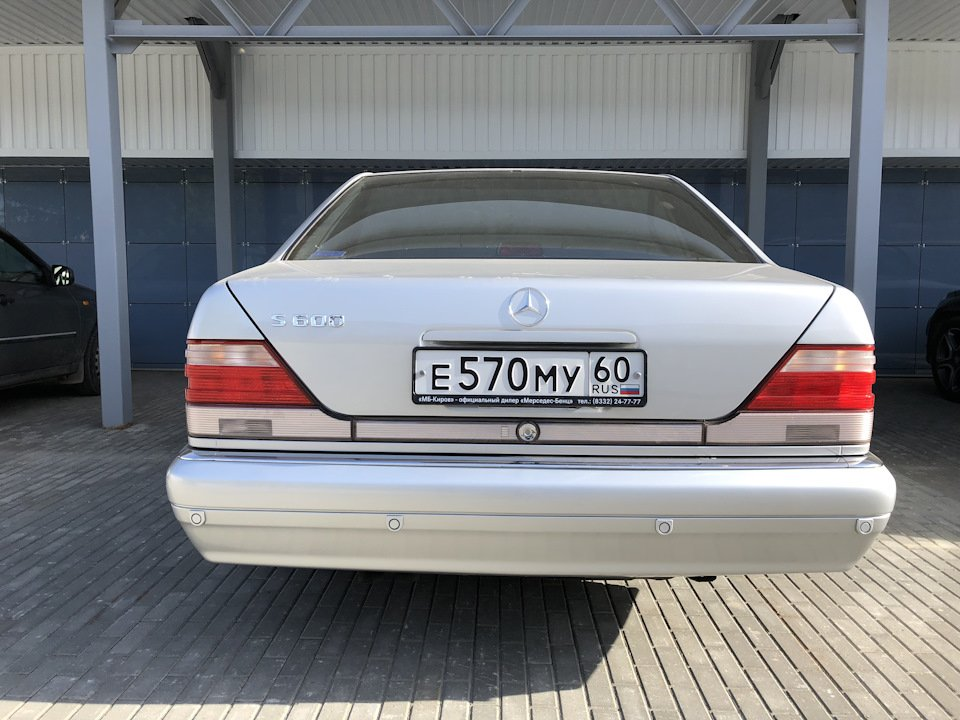 Mercedes S-class W140 S600 V12 (31)