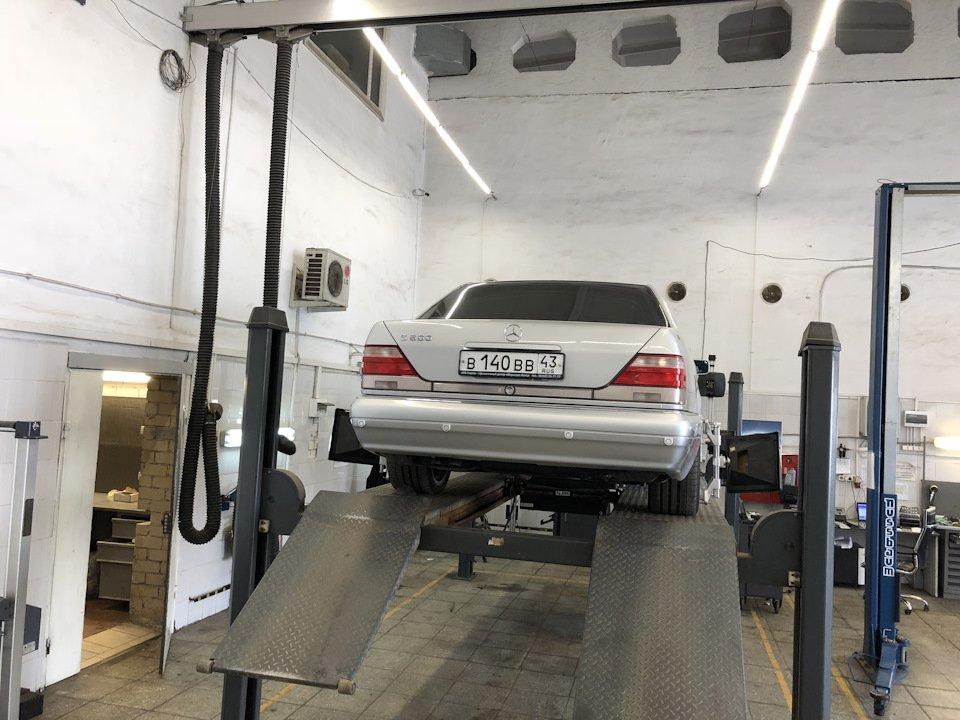 Mercedes S-class W140 S600 V12 (34)