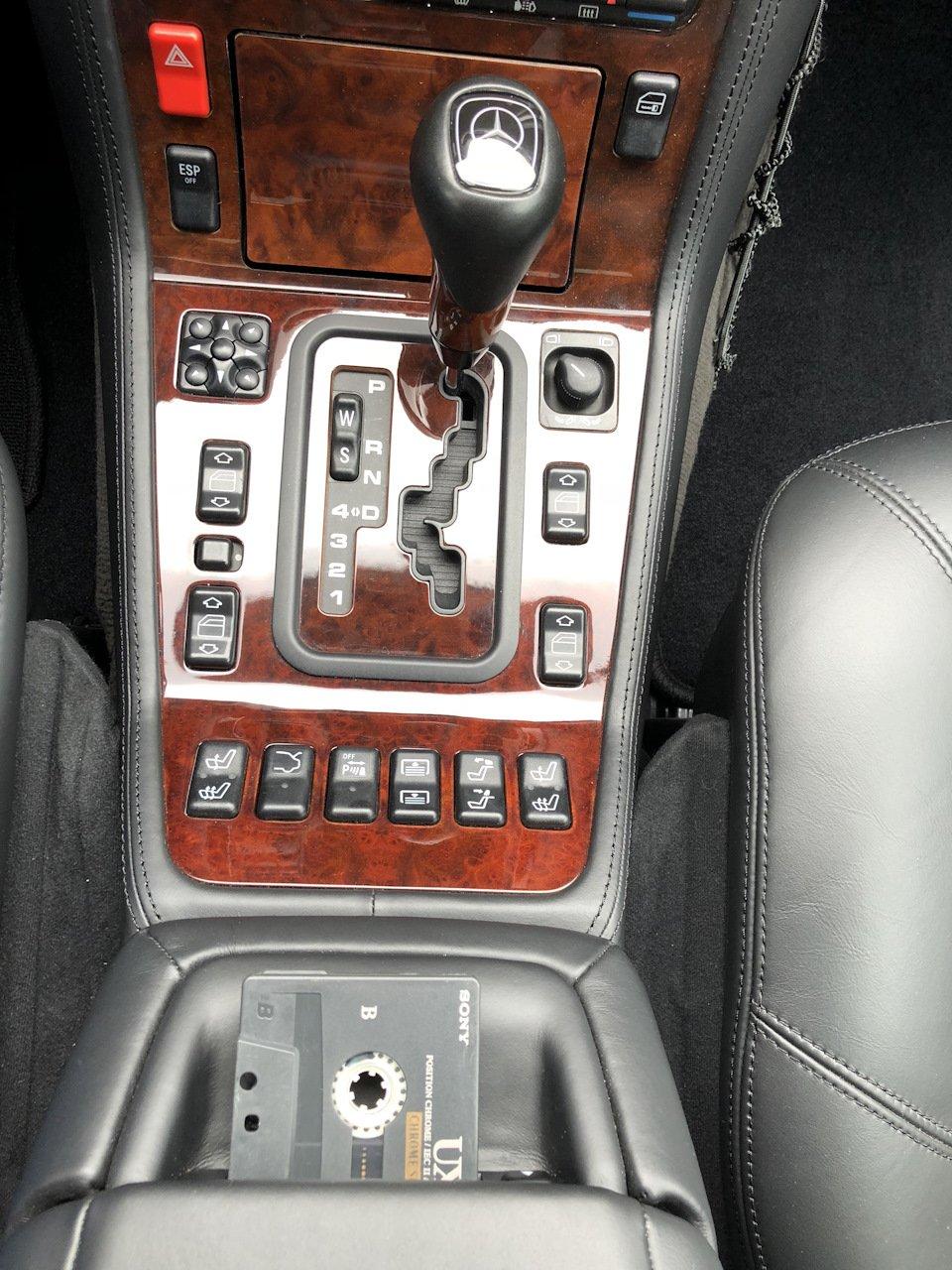 Mercedes S-class W140 S600 V12 (39)