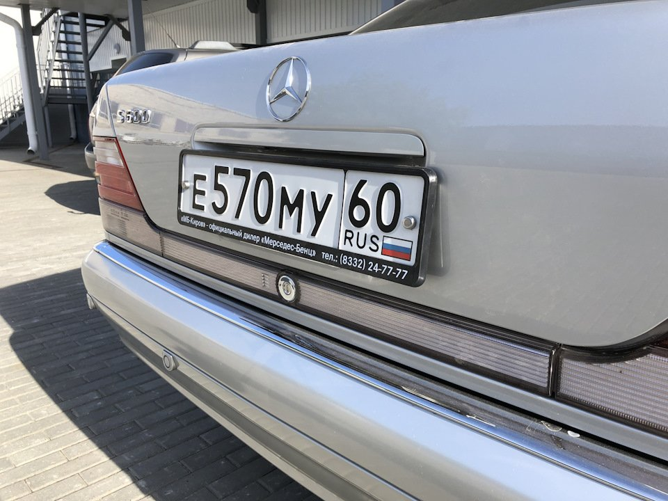 Mercedes S-class W140 S600 V12 (52)