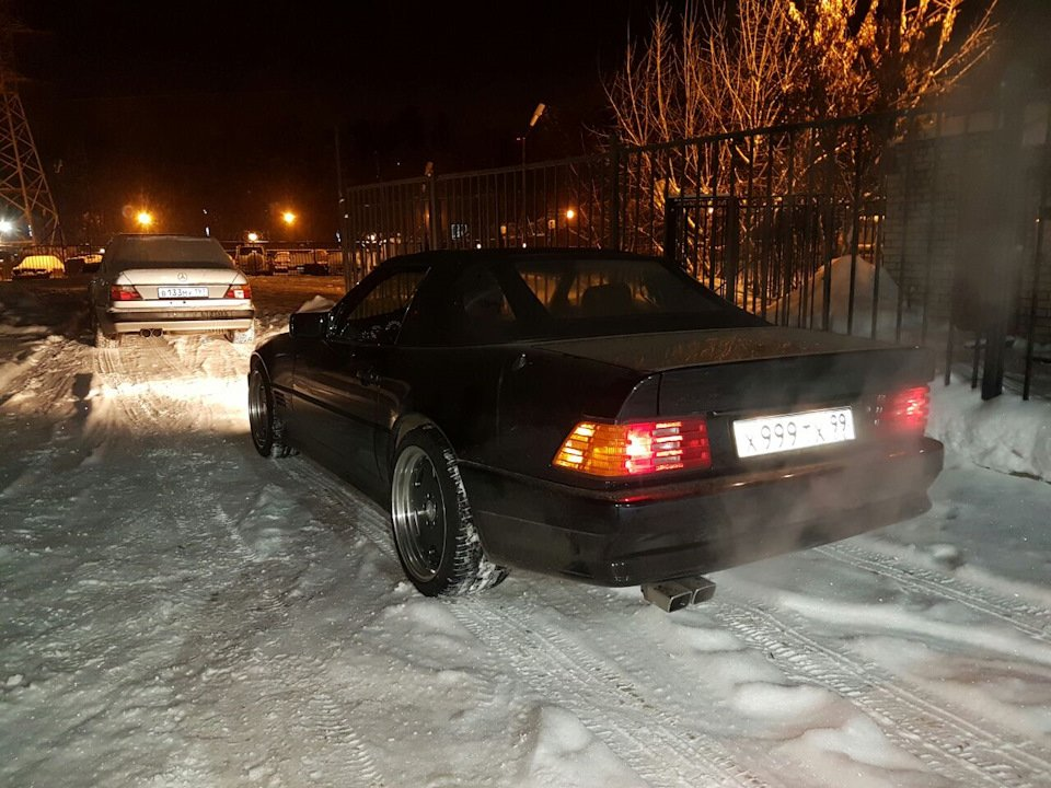 Mercedes SL60 AMG R129 6.0 V12 1995 (2)