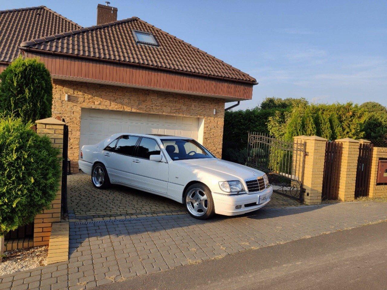 White Mercedes-Benz S500 W140 (6)