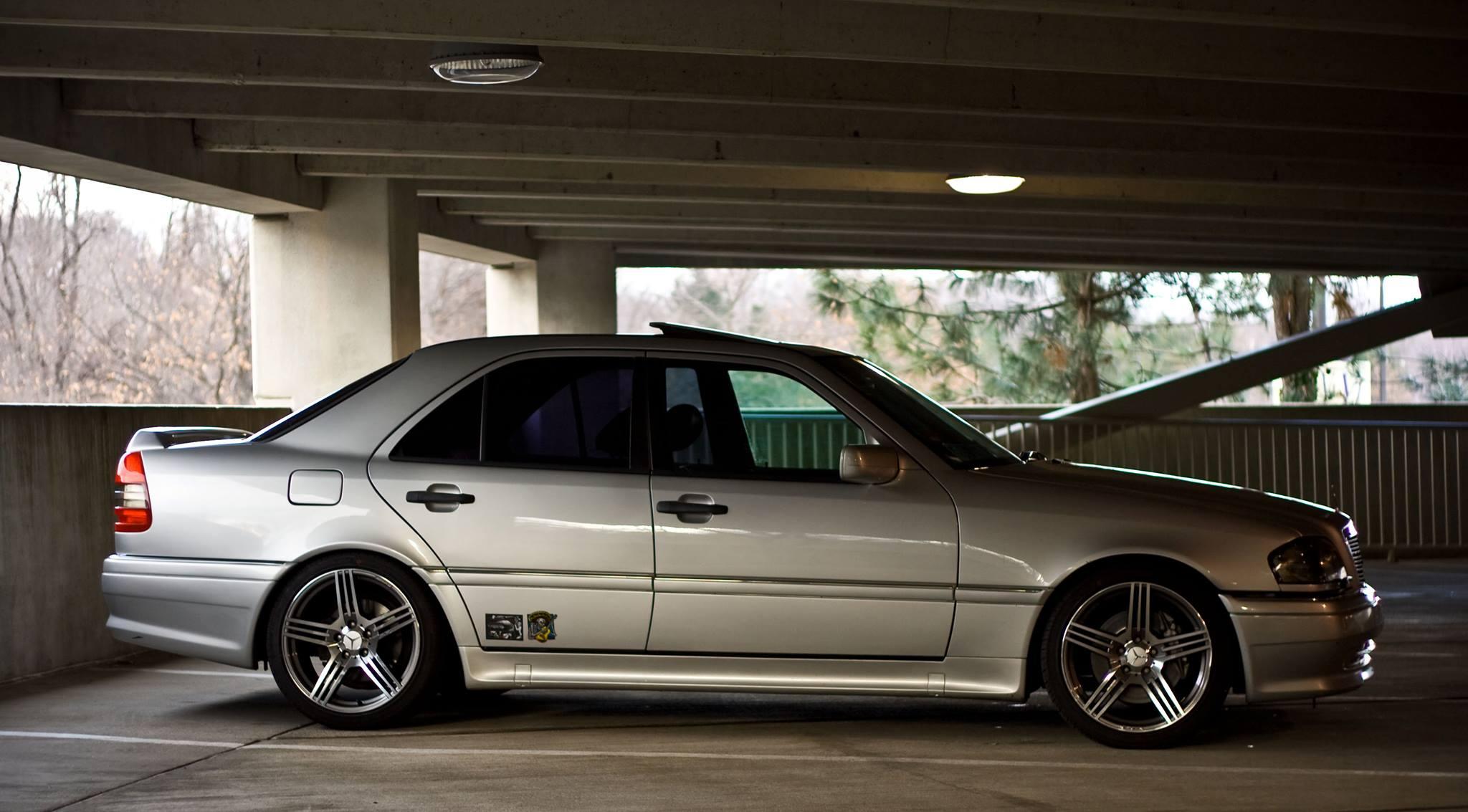 Mercedes-Benz W202 Photos