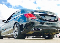 SOUND: 2017 Mercedes Benz AMG C63S Sedan Start Up /Exhaust /Short Drive