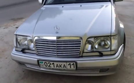 Amazing Nice and Clean Silver Mercedes-Benz W124 E500 from Kazakhstan