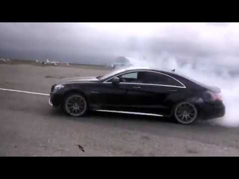 Mercedes-Benz CLS63 AMG 2015 and Mercedes-Benz E63 AMG W211 Burnout and Drift 507HP