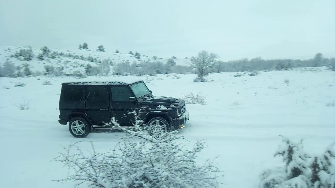 Mercedes-Benz G320 Snow Walk