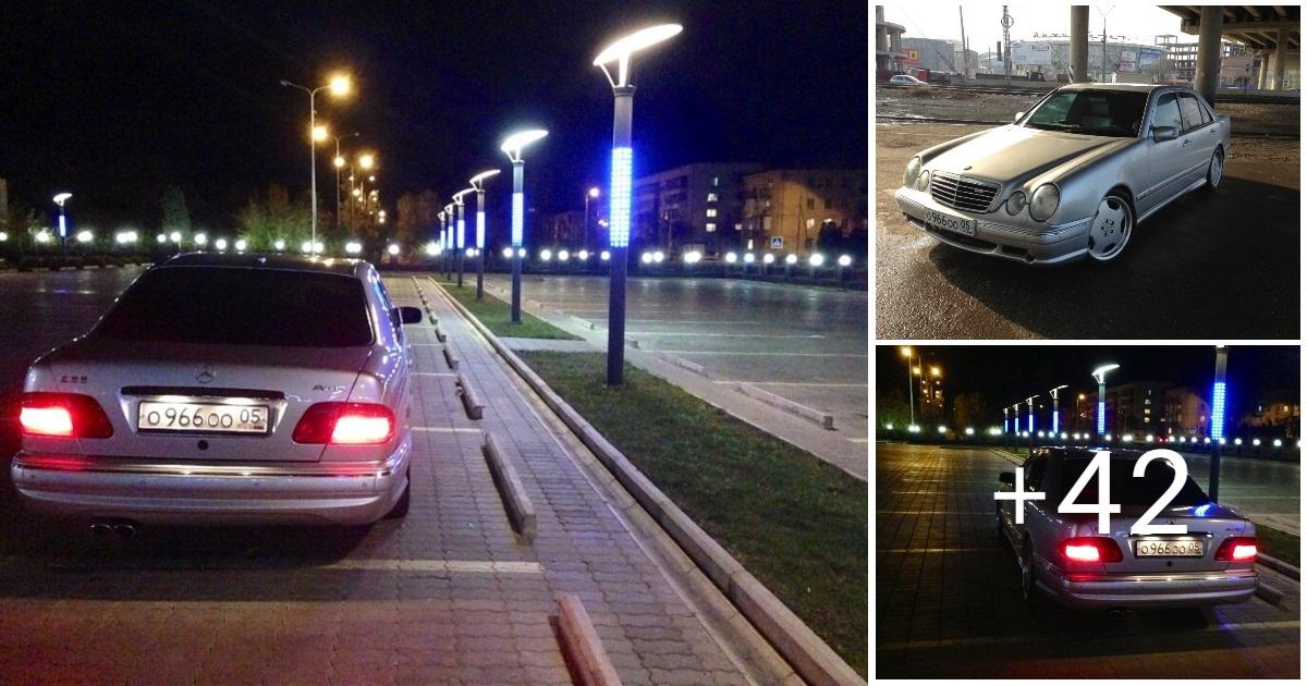 Mercedes-Benz W210 E55 AMG