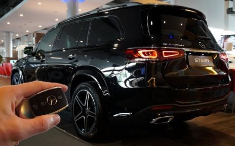 2020 Mercedes GLS 400d (331hp) - Sound & Visual Review!