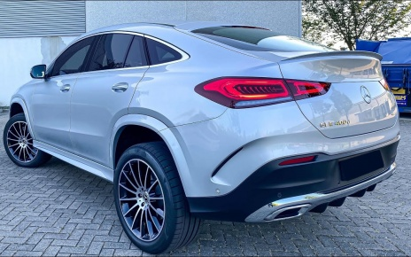 NEW GLE COUPE! 2020 GLE COUPE 400d Walkaround Review + AUTOBAHN!